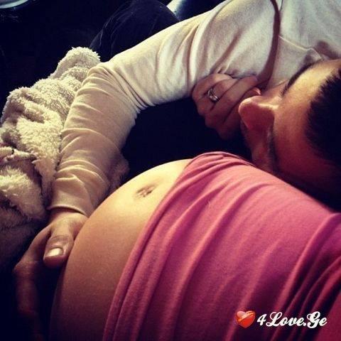 Картинки беременных девушек брюнеток 94
