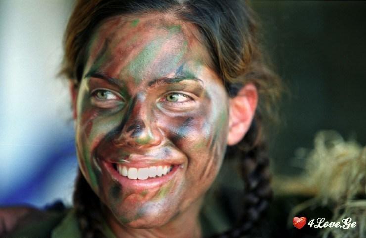 ჯარის ქალი (11)