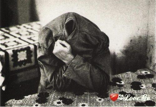 მე შეშლილების ენაზე ვლოცულობ.