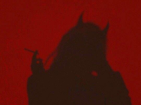 ეშმაკი ქალია  (სრულად)